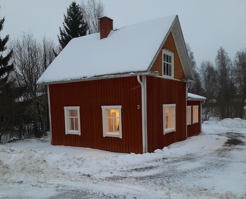 Talvi, punainen talo